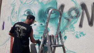 Murales Con Graffitis De Mon Devane Embellecerán Ourense